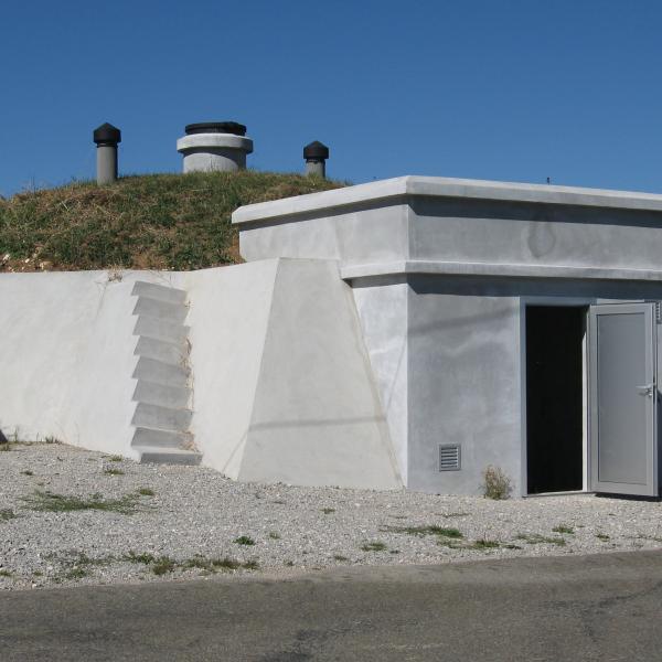 Réservoir d'eau potable à Grand Combe des bois