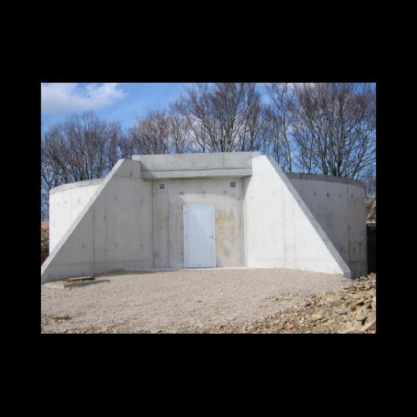 Réservoir d'eau potable à Laviron le peu
